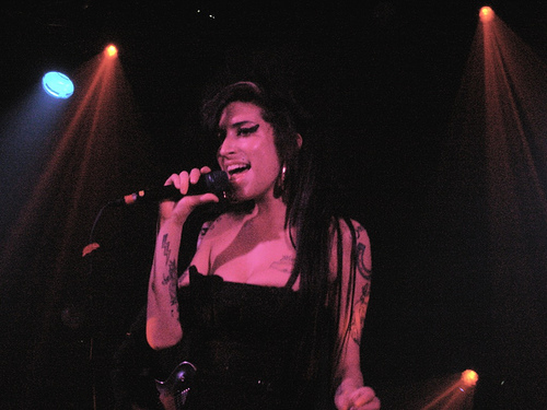 Microsoft Says Sorry for 'Misinterpreted' Winehouse Tweet