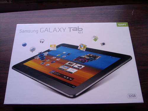 Samsung pushes through with the launch of the Samsung Galaxy Tab 10.1 in the Netherlands. Image: kundalini / Flickr (CC)