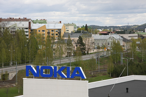Nokia Windows Phone Market Share Lackluster, Symbian OS Flunks - Nokia Symbian, Symbian market share, Nokia Windows Phone, Windows Phone market share