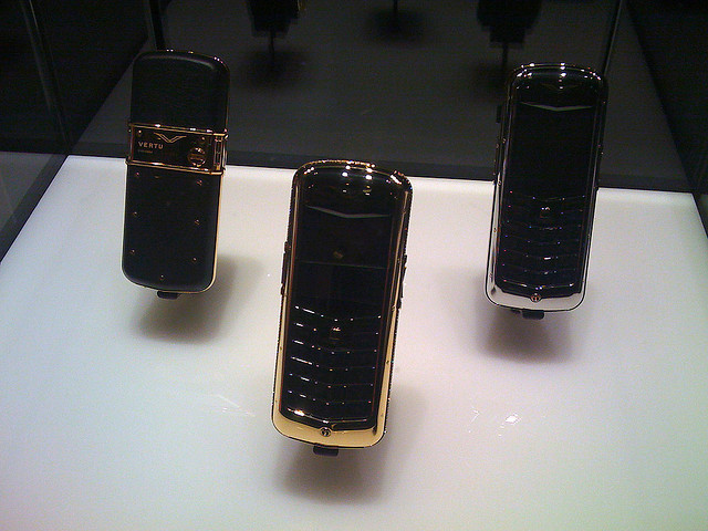 Vertu, Nokia, EQT VI, acquisition, 