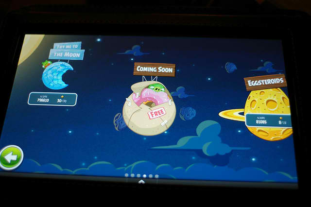 angry-birds-space-blasts-off-to-100-million-downloads