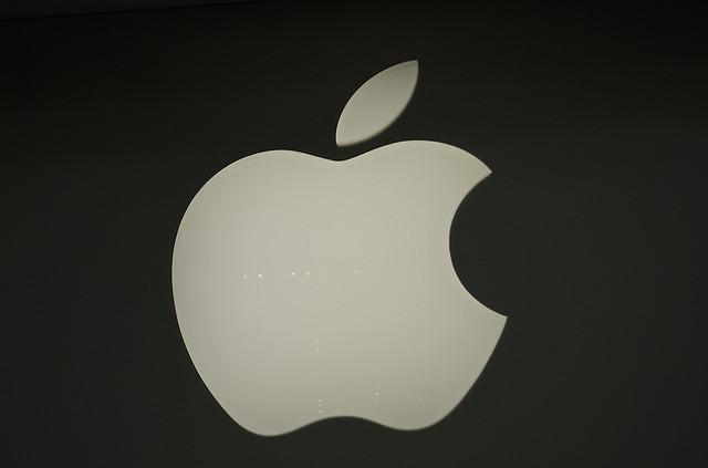 Apple, Q2 2012, fiscal Q3 2012, performance, earnings, results, Peter Oppenheimer, Tim Cook, 