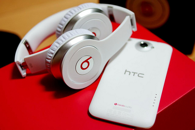 Beats, HTC, Beats Electronics, shares, buyback, 