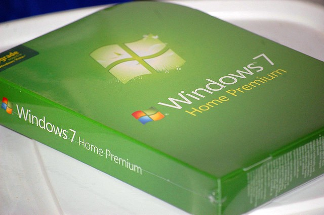 Windows 7, Windows XP, market share, July 2012, Microsoft, Net Applications,