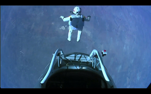 Felix Baumgartner Breaks World Record With Space Dive From Over 128,000 Feet