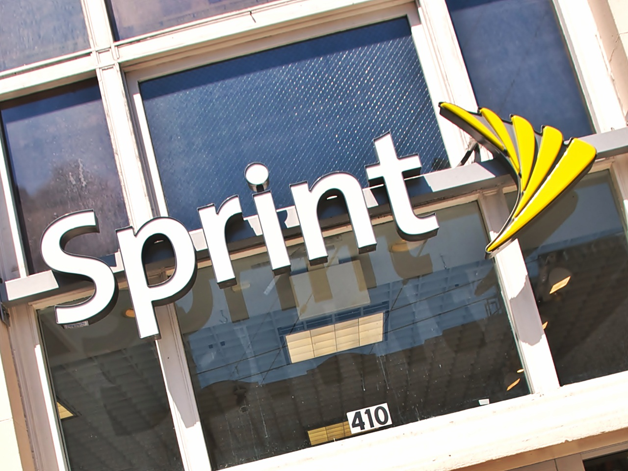 New Sprint, Sprint, SoftBank, Masayoshi Son, Dan Hesse, acquisition, buy, deal, 