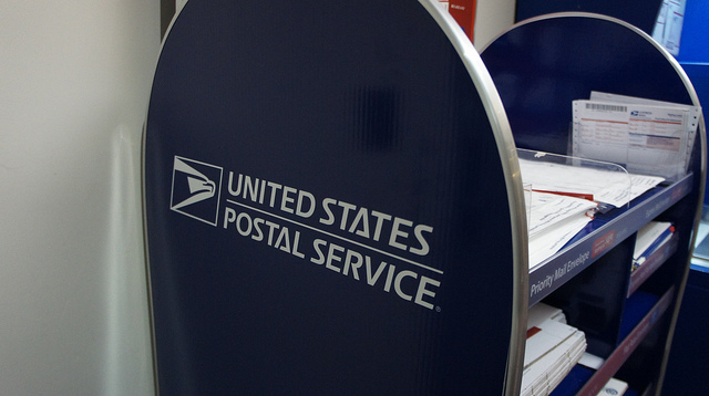 U.S. Postal Service (USPS) Website Offers Spanish, Simplified Chinese Languages