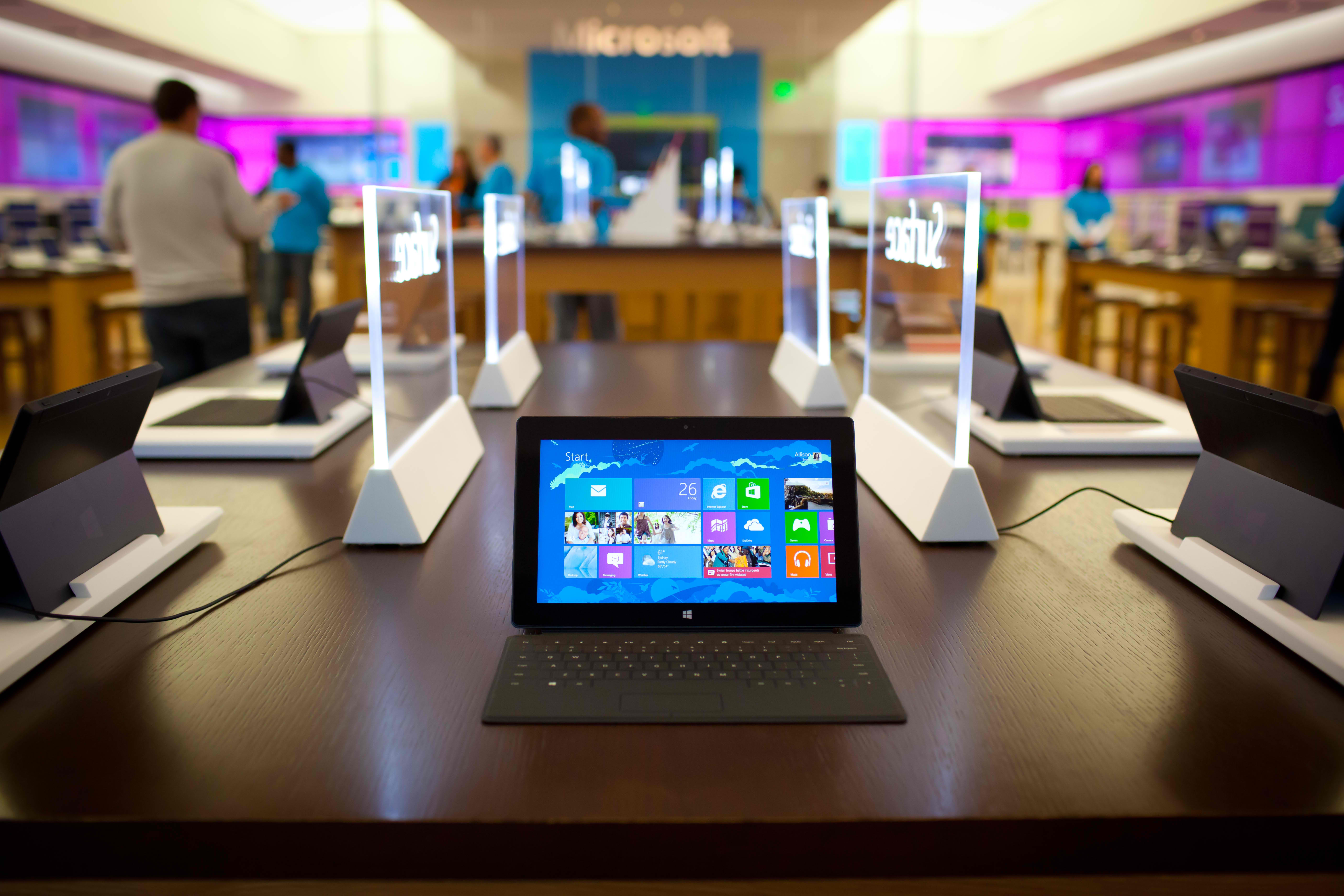 Microsoft Surface With Windows RT, Microsoft, Microsoft Surface, Surface RT, release, price, specifications,