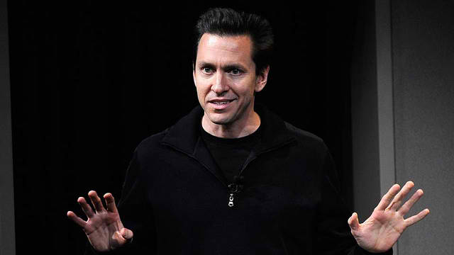 Apple, management shakeup, Scott Forstall, John Browett, senior management,