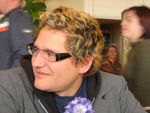twitter co-founder noah glass