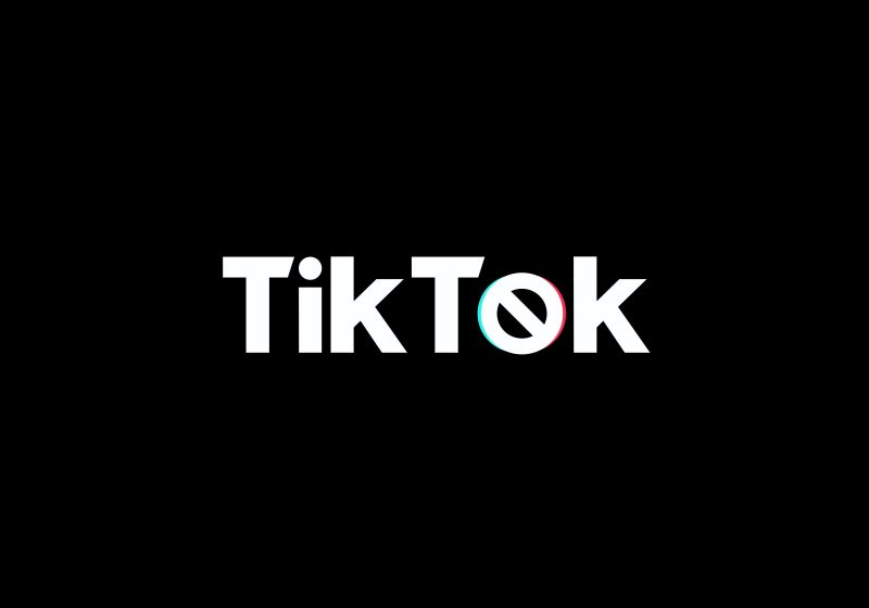 tiktok microsoft sale hold trump ban