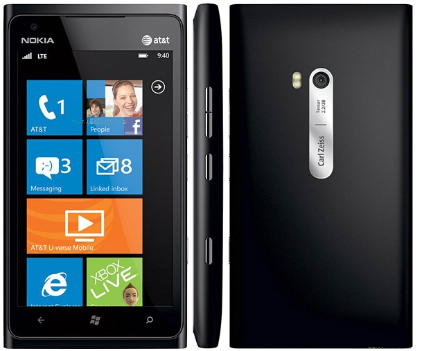 'Nokia Connects' Answers Questions on Upcoming Nokia Lumia 900 Handset