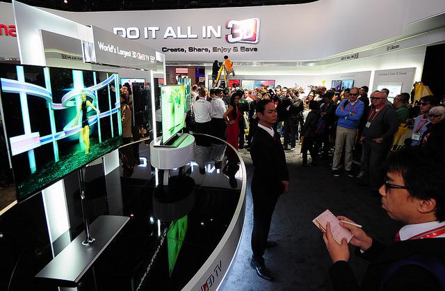Samsung Asks IP Tribunal To Invalidate LG OLED Patents