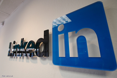 LinkedIn revamps 'Jobs' page. (Image:Socialmediamx (CC) via Flickr)