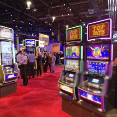 Online Slots and Social Media Psychology Comparisons