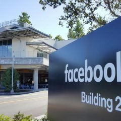 Facebook is blocking Australian users and media companies from sharing news links
